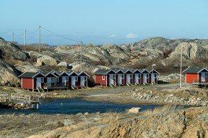 Typisch und idyllisch: rote Bootshäuser auf Öckerö