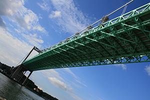 Unter der Älvsborgsbron in Göteborg