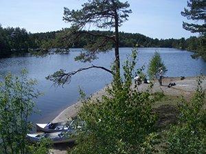 Rast bei einer Kanu-Tour im Vättlefjäll, Schweden
