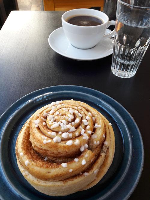 Ein richtiges schwedisches Café mit richtigen schwedischen Kanelbullar