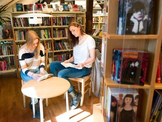 Bibliothek einer schwedischen Schule
