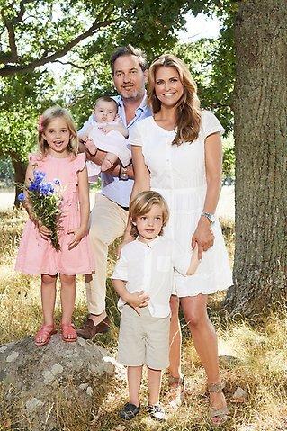 Prinzessin Madeleine und ihre Familie